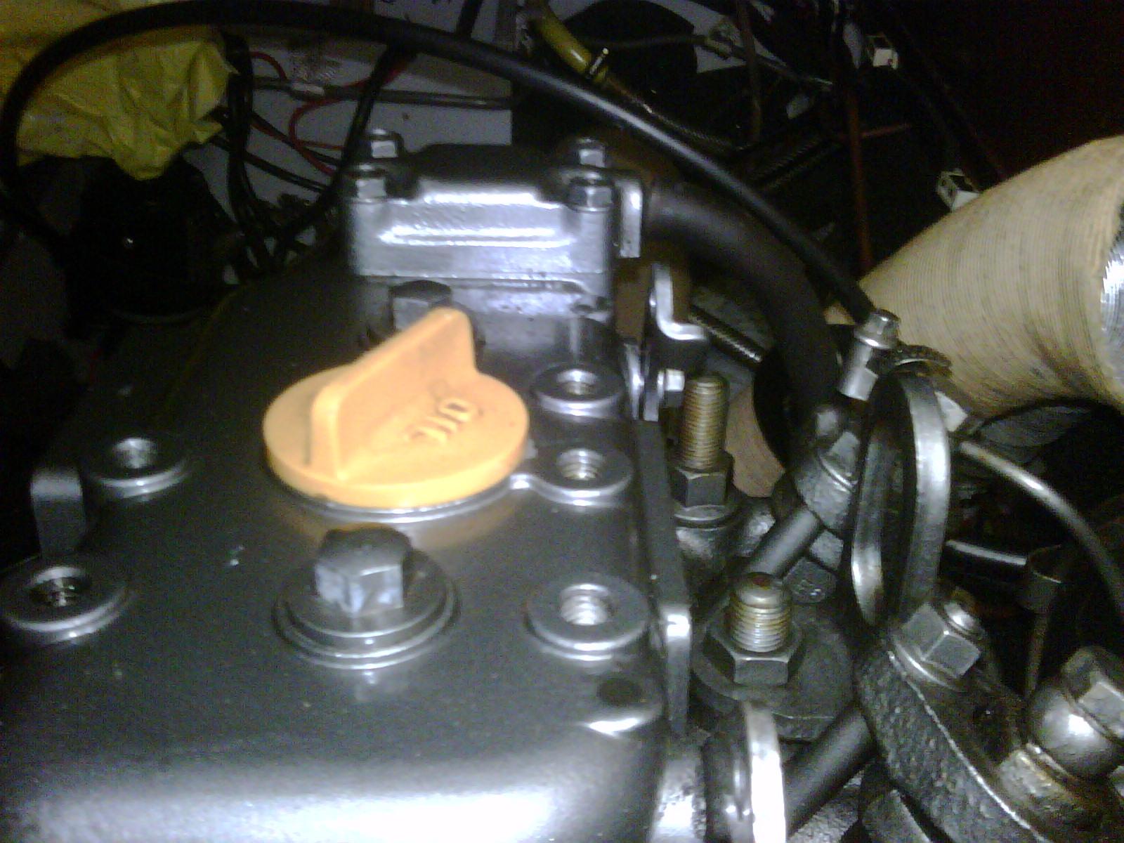 Olie verwijderen van motorblok